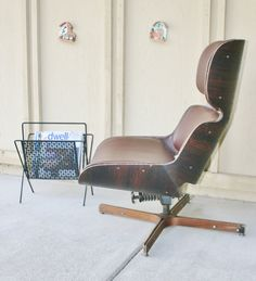 Use coupon code November2016 for an 11% discount.  This is an iconic, mid century, George Mulhauser Mr. Chair, by Plycraft which features molded plywood shells and a four point bentwood base. Please see pics for age-related wear.  The chair was reupholstered and is incredibly comfortable. Perfect for watching TV, reading or rocking a baby to sleep. The chair swivels and reclines smoothly,  Dimensions 30.5 inches width 30 inches depth 36.5 inches height  This item can be delivered by shop…