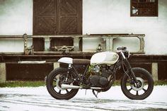 Custom Bikes, Classic Motorcycles, Cafe Racer Dreams and Mean Machines. We create Unique Bikes. Norton Cafe Racer, Triumph Cafe Racer, Honda Scrambler, Dunlop Tires, Modern Cafe Racer, One Cafe, Motorcycle Companies, Comfort Design, Cafe Racer Build