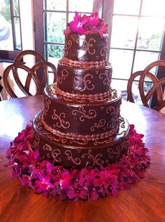 Let's Cook DIY Gluten Free Wedding Cake-  Wedding is a sacred ceremony that everyone is waiting for. They will prepare the best things for their wedding day, including the wedding cake. The we... Check more at http://marinagalleryfineart.com/1331/gluten-free-wedding-cake