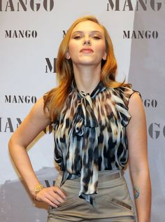 Scarlett Johansson Photos - Scarlett Johansson Posing At MANGO Photocall In Munich - Zimbio