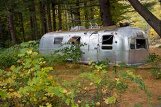 An Old Beat Up Airstream Gets An Amazing Overhaul | DIY Cozy Home