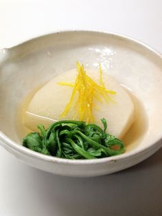 Shogoin kabu turnip and kikuna in mild broth 聖護院かぶと菊菜の炊合せ - sometimes all I want is this kind of home made food
