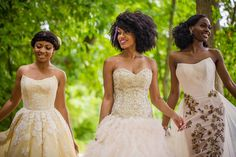Natural Glow: Wedding Ideas for Natural Brides http://munaluchibridal.com/natural-glow-getting-the-best-out-of-your-bridal-portraits/