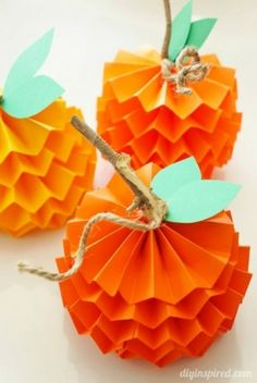 Make Your Own Paper Pumpkins This Halloween