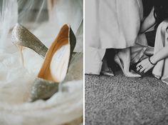 Silberne #Brautschuhe mit Glitzer-Effekt und goldenem Absatz | von Jimmy Choo ♡