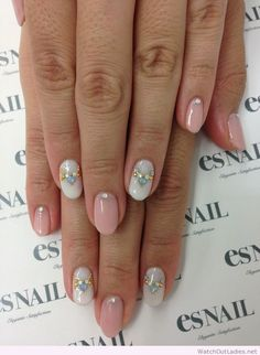 My kind of nails, so simple and nice