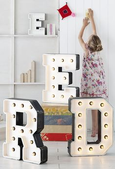 Want the letter R: Fromage la Rue Vegas Boneyard Illuminated Letters. Marquee Letters, Marquee Lights, Light Letters, Illuminated Letters, Luminaire Original, Vegas, Event Lighting, Kids Room Design, Kid Spaces