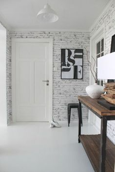 Last Home Decor: Ideas For Decorating With Wallpaper Brick Interior, Home Interior, Interior Design, House Decoration Items, Faux Brick Walls, Tropical Bedrooms, Letter Wall Decor, Bohemian House, Scandinavian Home