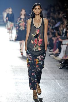 The floral slouch at Dries Van Noten S/S 14 // #Fashion #Runway #Spring