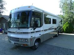 2001 Winnebago Adventurer 35U http://www.rvregistry.com/used-rv/1007381.htm