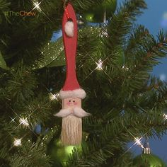 Day 8: Santa Paintbrush #Ornament! #DIY #Craft #Christmas