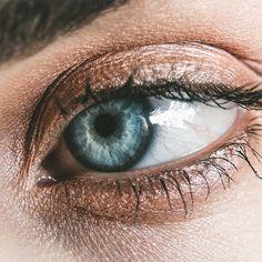 eyelash growth how to grow long lashes Anti Aging Cream, Anti Aging Skin Care, Long Lashes, Eyelashes, Eyebrows, Eyelash Implants, Eyebrow Growth Serum, Eye Serum, Eye Sight Improvement
