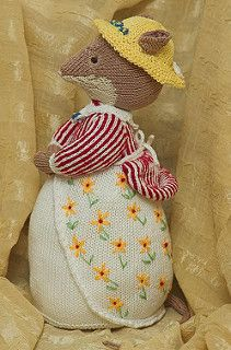 Lady Woodmouse pattern by Alan Dart