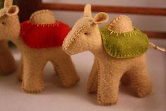 nativity camels