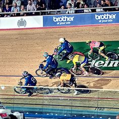 PHOTO JOURNAL | London Six Day Pt 2 - Belgian Toothpaste Keirins and Madisons with photos from (no longer) top pretzel muncher @andrew1903peat - http://ift.tt/1GtaAZ6 - #londonsixday #sixdayracing #velodrome #procycling #instabike #keirinracing