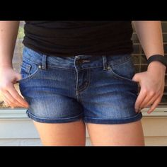I just discovered this while shopping on Poshmark: Super Cute Jean Shorts. Check it out!  Size: 3