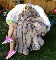 GOLDEN ISLAND SILVER RED SAGA FOX FUR COAT FULL LENGTH SIZE М GORGEOUS!!