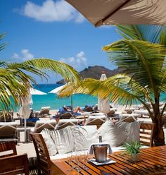 Luxury Conglomerate LVMH Acquires St. Barth Hotel Isle de France