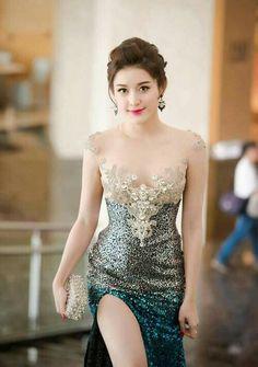 Five beauty tips for woman You should know Beautiful Girl Photo, Beautiful Asian Women, Beautiful Indian Actress, Asian Fashion, Girl Fashion, Tb Joshua, Sr1, Stylish Girl Pic, Cute Asian Girls