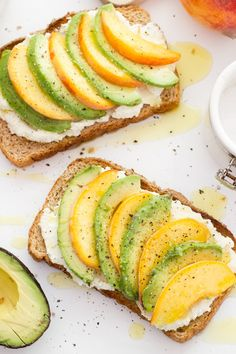 Sweet and savory—this Peach, Whipped Feta, and Avocado Toast is great recipe for breakfast, snack or lunch! The whipped feta is life-changing! Avocado Dessert, Avocado Toast, Avocado Salad, Fruit Salad, Brunch Recipes, Breakfast Recipes, Breakfast Ideas, Mexican Breakfast, Breakfast Sandwiches