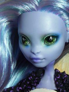 Nesladkaya_N custom CAM Create a Monster Sea Monster Monster High Crafts, Custom Monster High Dolls, Monster Dolls, Monster High Repaint, Custom Dolls, Doll Face Paint, Doll Painting, Pokemon Dolls, Ever After Dolls