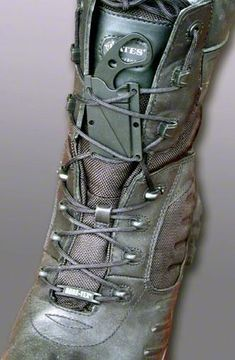 this would be a perfect gift for hubby.....KA-BAR 1478BP Last Ditch LDK TDI Law Enforcement Boot / Neck…