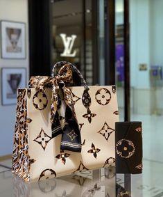 This beauty: Onthego LV Jungle 🖤 louis vuitton bag, chanel bag, gucci bag, hermes bag Popular Handbags, Cute Handbags, Chanel Handbags, Purses And Handbags, Leather Handbags, Cheap Handbags, Wholesale Handbags, Leather Purses, Handbags Online