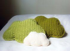 Big crochet cloud pillow in lime green par stellamaria sur Etsy