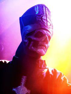 Papa Emeritus II / Ghost