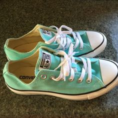 Teal Converse Women's 9 Wore one time but were to big. Converse Shoes Sneakers