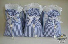 Bolsas para souvenir Lavender Crafts, Lavender Bags, Lavender Sachets, Première Communion, First Holy Communion, Sewing Crafts, Sewing Projects, Projects To Try, Shower Party