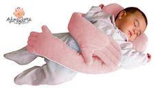Brazos protetores de travesseiro segurar você.  Para os bebês desde o nascimento.