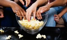It's National Popcorn Day, and we have some pretty interesting tidbits of information about the beloved snack. E Commerce, Healthy Eating Tips, Healthy Nutrition, Healthy Snacks, Popcorn Recipes, Snack Recipes, Drink Recipes, Snacks Saludables, People Eating