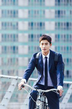 Park Hyun-sik is Go Yeon-woo in the Korean drama Suits Asian Actors, Korean Actresses, Korean Actors, Actors & Actresses, Park Hyung Sik Hwarang, Park Hyung Shik, Park Hyungsik Wallpaper, Suits Drama, Ahn Min Hyuk