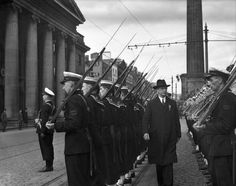 Military Parade, April Éamon de Valera inspects the Guard of Honour on O'Connell St. 'An Easter Commemoration parade in honour of the Republican dead of all generations was held in Dublin yesterday…' (Monday, April Irish Independent Easter Rising, Dublin, Irish, Army, Street View, Military, History, Gi Joe, Irish People