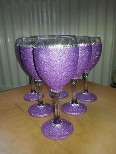 4  lilac glitter wine glasses