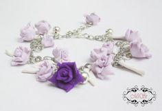 Rose buds bracelet  Clay handmade rose bracelet  by byMiSt on Etsy
