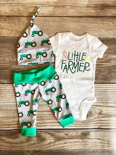 Little Farmer, Green Tractor Newborn Outfit - baby boy clothes - Baby Baby Tritte, First Baby, Baby Sleep, Baby Vest, Baby Pants, Baby Outfits, Newborn Outfits, Kids Outfits, Summer Outfits