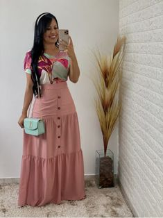 Crazy Outfits, Trendy Outfits, Fashion Outfits, Beautiful Long Dresses, Skirt Patterns Sewing, Latest African Fashion Dresses, Church Outfits, Western Dresses, Look Chic