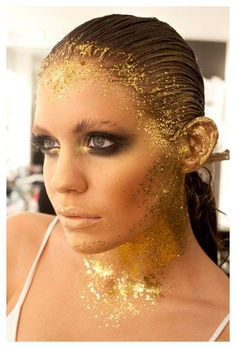 Gold Leaf Make up. Google Image Result for http://www.makeupmole.com/wp-content/uploads/2010/08/Illamasqua-Myer-Gold-Look.jpg