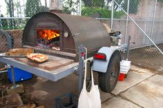 Hire a mobile wood-fired pizza oven for your next event!