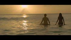 rawrrr!! ;)  Simple Plan - Summer Paradise ft. Sean Paul (Official Video)