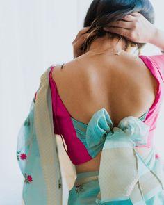 Blouse Back Neck Designs, New Saree Blouse Designs, Blouse Designs Catalogue, Simple Blouse Designs, Stylish Blouse Design, Bridal Blouse Designs, Shagun Blouse Designs, Blouse Patterns, Blouse Styles