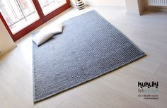 Pleciuga - carpet by Kate Fly, via Behance