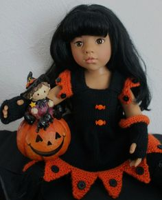 Halloween tutorial holding (dress - cape-mittens and stockings without feet) Gotz doll 50 cm)
