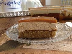 "Γλυκό ψυγείου ""καραμέλα"" Greek Sweets, Greek Desserts, Party Desserts, Greek Recipes, Candy Recipes, Dessert Recipes, Food Network Recipes, Cooking Recipes, Low Calorie Cake"