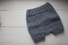 Ravelry: Tiny Pants pattern by Megan Goodacre (soaker) - free pattern