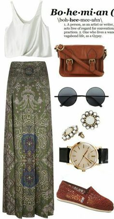 Are you a boho chic lover? If so, then I am pleased to share with you some of the best boho chic outfit ideas to try on this season. Here you will find style Look Hippie Chic, Look Boho, Modern Hippie Style, Bohemian Mode, Bohemian Style, Bohemian Fashion, Hippie Boho, Bohemian Skirt, Bohemian Attire Boho Chic