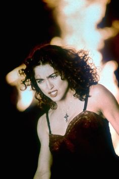 """Madonna's video for """"Like A Prayer"""" turns 30 today Madonna Videos, Madonna 80s, Pape Jean Paul Ii, Madonna Like A Prayer, Divas Pop, Mary Lambert, Madonna Fashion, La Madone, Black Curls"""