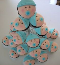 Cupcake idea for a Baby Shower -Make a Rattle! , Ingredients needed for creating the cupcake blend from home :, easy baby shower cupcakes id. Baby Cupcake, Baby Boy Cupcakes, Cupcakes For Boys, Baby Shower Cakes For Boys, Baby Cakes, Baby Boy Shower, Cupcake Cakes, Baby Shower Gifts, Fondant Baby